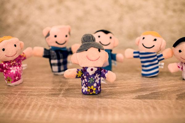 Плюшевые куклы на пальцы