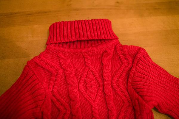 теплый детский свитер