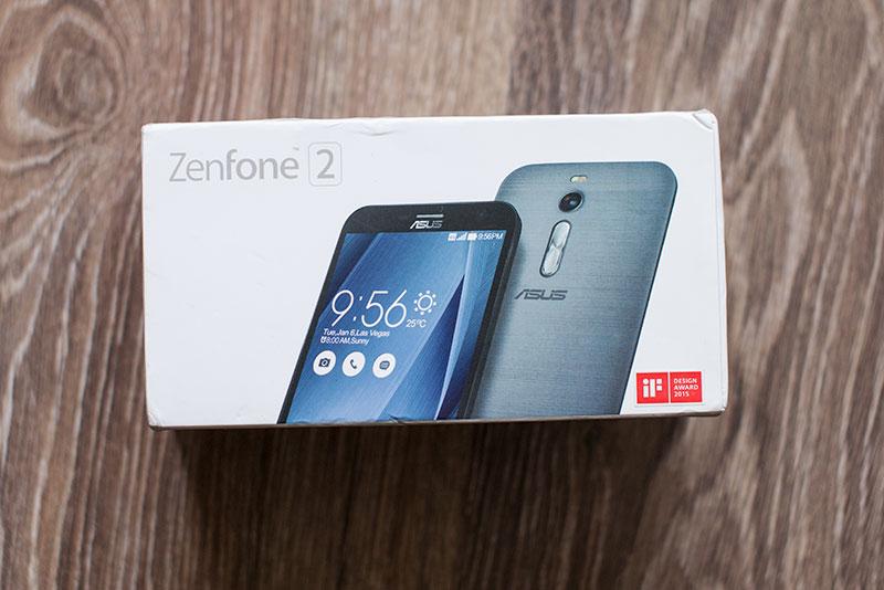 упаковка ASUS ZENFONE 2