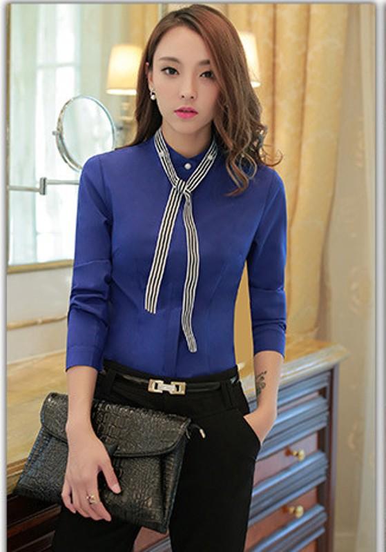 блузка с лентой
