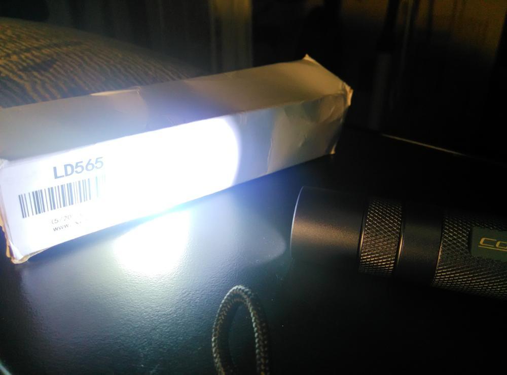 свет фонарик конвой с2