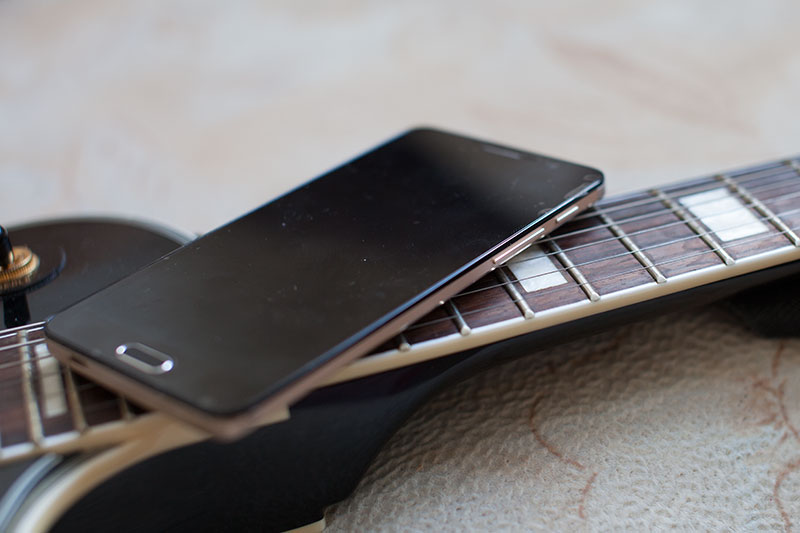 дизайн музыкального смартфона