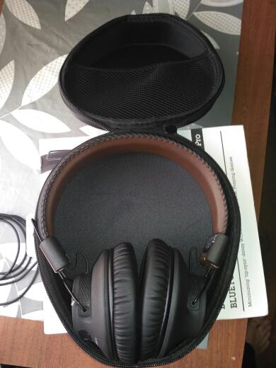 комплектация наушников Avantree Audition Pro